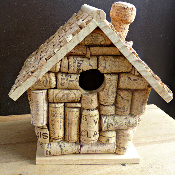 cork-bird-house