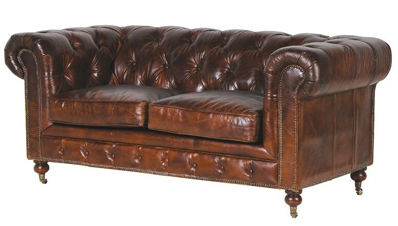 canapé chesterfield usé
