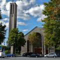 Eglise Sainte-Jeanne de Chantal, porte de Saint-Cloud.