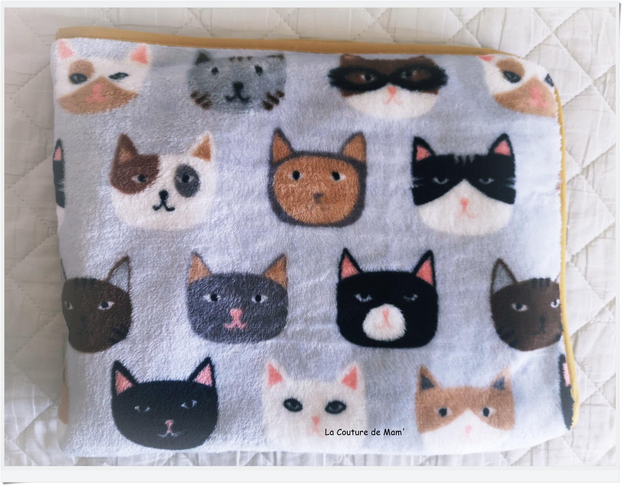 Plaids têtes de chats