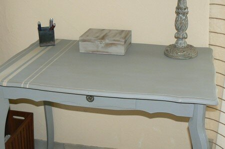 table_grise
