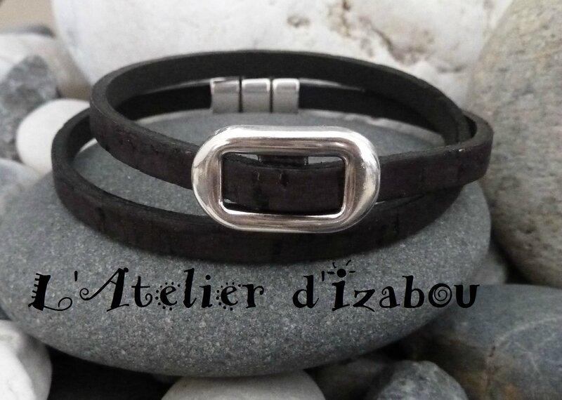 P1130788 Bracelet homme double tour en cuir aspect liège et passant métal, fermoir aimanté
