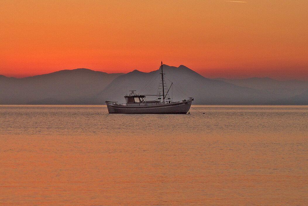 Skiathos: coucher de soleil sur l'Eubée — P1010717