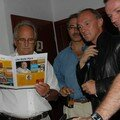 Gérard Schoch, le boss de Radio Lac, et quelques invités, dont l'artiste Tinguely