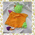 Doudou peluche marionnette chat vert orange blédina