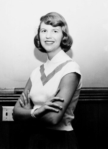 Sylvia_Plath_poets_and_writers_37228872_364_500_1_