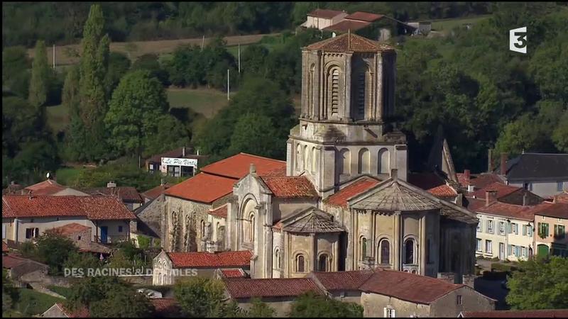 L'église Notre-Dame-de-l'Assomption de Vouvant des racines et des ailes (2)