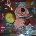 Dessert: glace à la fraise et moelleux au citron
