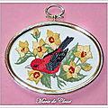 Série quatre oiseaux brodés Ovale 8x11cm 3