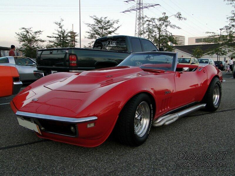 chevrolet-corvette-stingray-convertible-1969-03