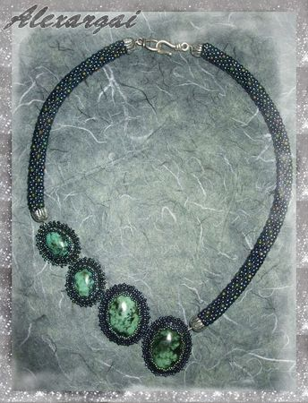 Collier_Chrysocolle1