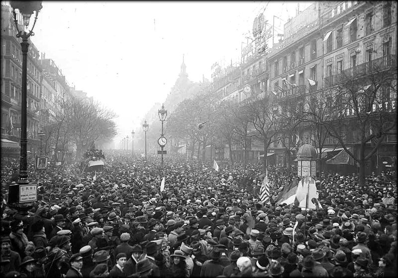 paris_grands_boulevards_armistice_11_novembre_1918
