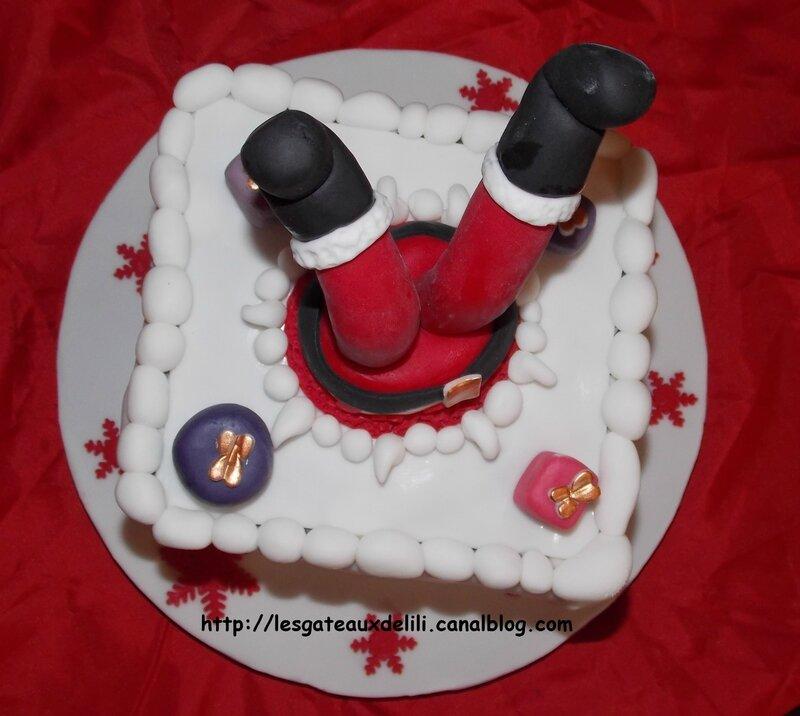 2013 12 24 - Le Père Noël est tombé dans la cheminée (15)