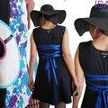 Robe maille Graphique Noire Blanc cassé et Turquoise Violet imprimé 70's d'esprit trapèze Fantaisie de Printemps !