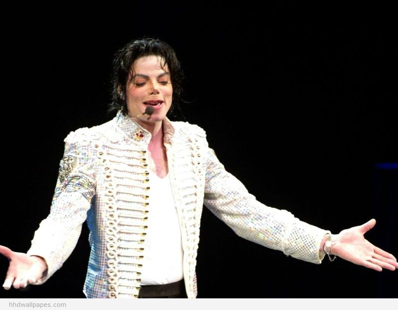King-of-pop-Michael-Jackson