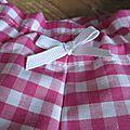 Culotte BIANCA en coton vichy rose vif - noeud blanc (1)