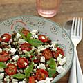 Lentilles & pâtes. saveur & couleur. une salade composée.