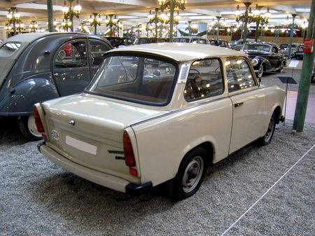 Trabant_601_LS_coach_de_1986__Cit__de_l_Automobile_Collection_Schlumpf___Mulhouse__02