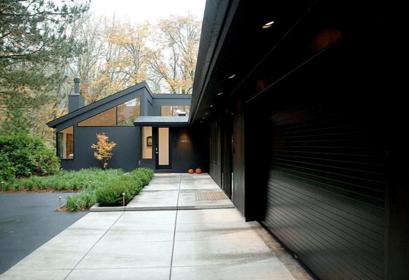 black-exterior-freshome3