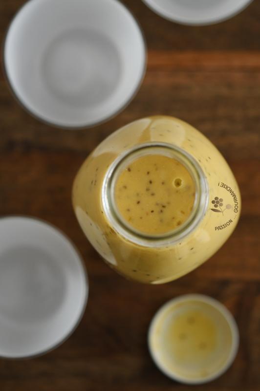 Smoothie mangue, orange, citron, graines de chia, lait coco-amande_1