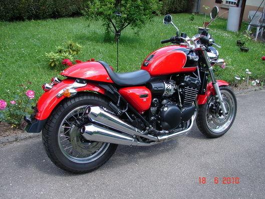 900 Triumph Thuderbird