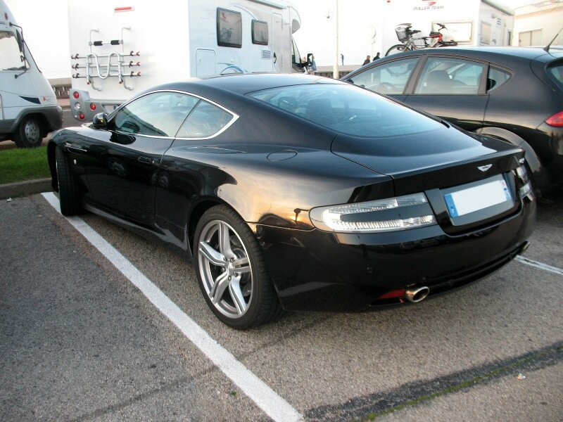 AstonMartinDB9ar1