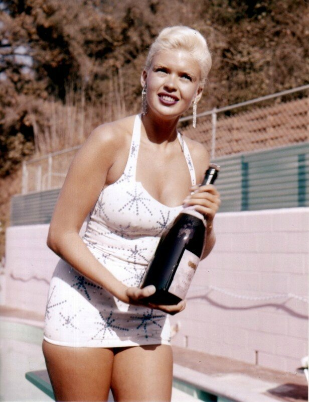 jayne-1957-home_pool-01-2