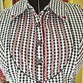 blouse rebrodée