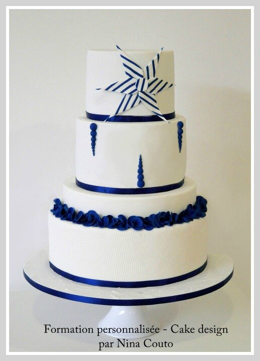 Wedding cake blanc bleu nimes 1