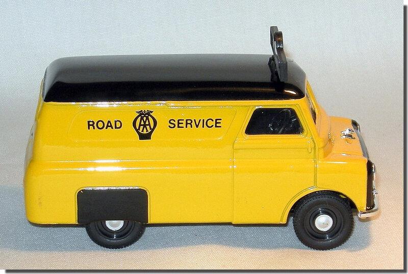 Bedford Road Service Corgi D981-3 A 4
