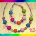 Collier perles multicolores sucrées et dès (N)