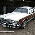 Pontiac bonneville grand safari de 1977 01