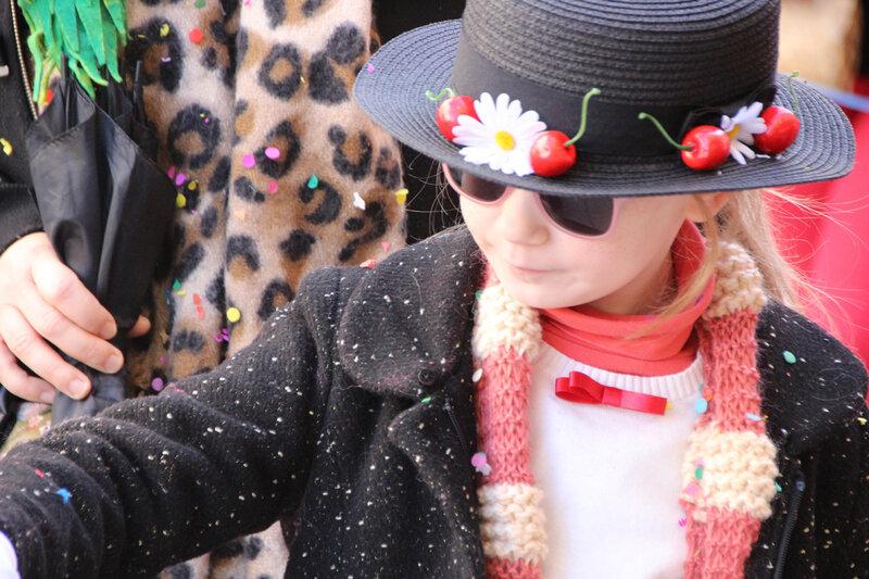 DIY_mary_poppins_chapeau_cerises