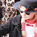 Carnaval : le déguisement diy de mary poppins (chapeau à cerises et parapluie perroquet)