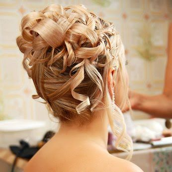 05_coiffure_mariage_mariee_cheveux_boucles