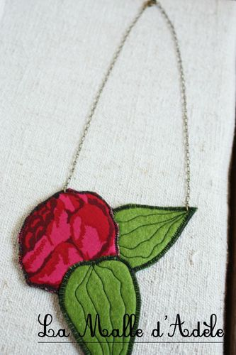 collier jardin rose 01