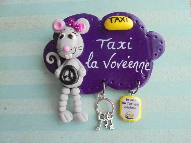 badge taxi souris