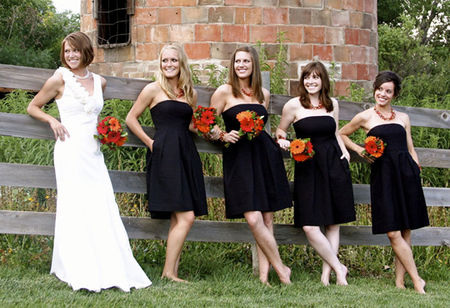 black_and_white_wedding_red_orange_flowers