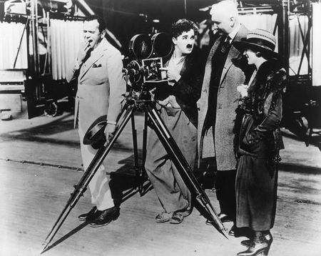Charlie_Chaplin_Photos__12_