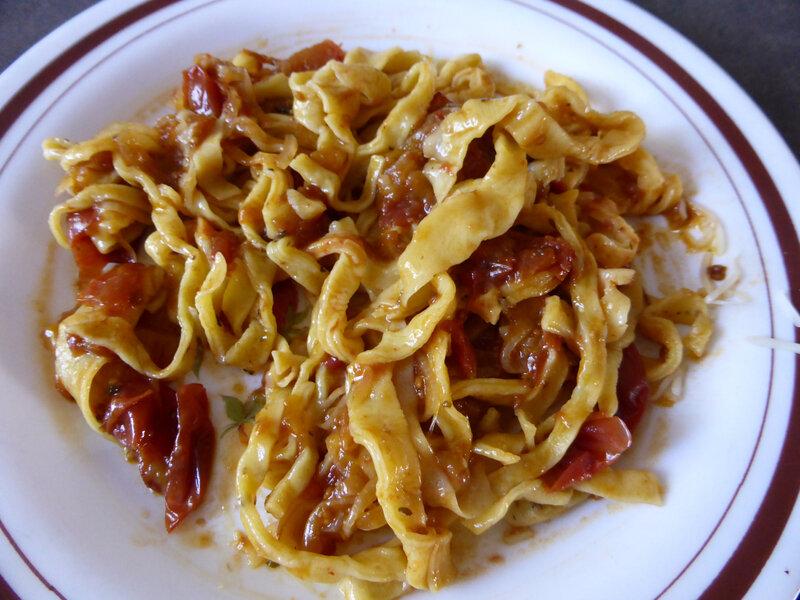 25-pâtes fraiches et tomates confites