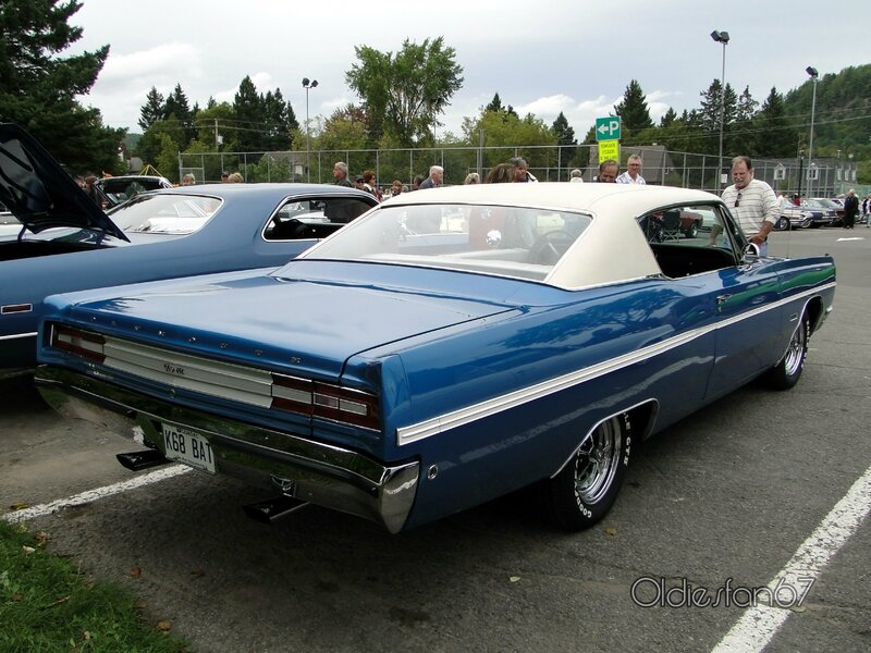 plymouth-fury-3-fastback-coupe-1968-b