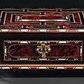 Coffret. paris, époque louis xiv. photo kohn bâti