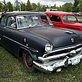 Ford customline v8 4door sedan-1953