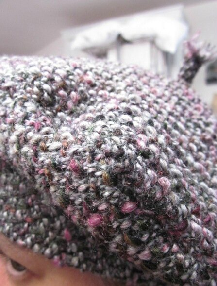 Béret SIMONE en maille chinée gris-vert-rose (6)