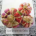 ♥ lenaig ♥ broche textile japonisante fleurs potirons - les yoyos de calie