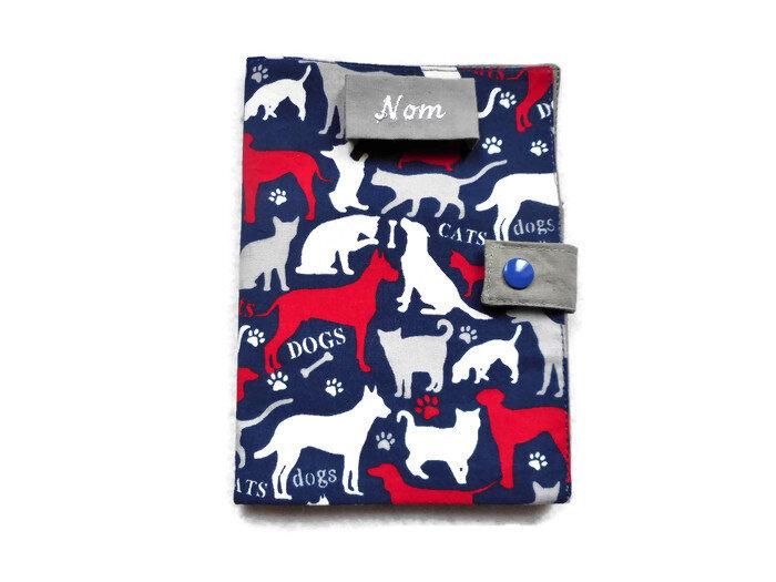 Protge carnet chat chien bleu rouge face
