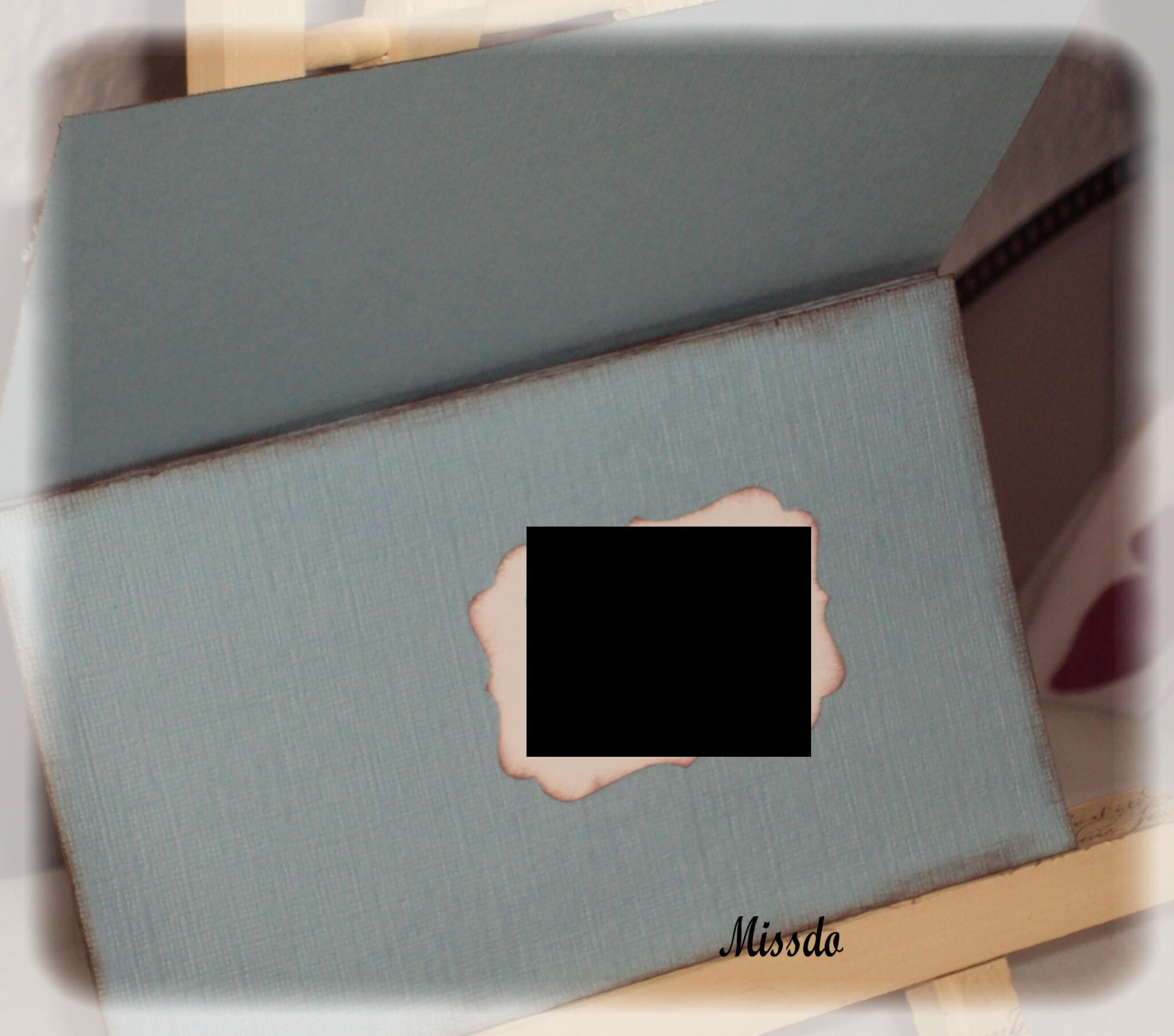 Porte chèque bleu ouvert