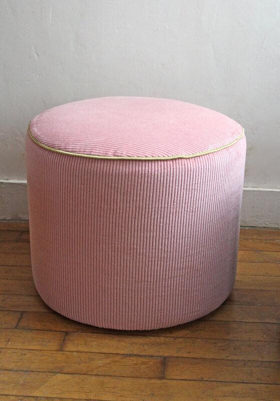 poufs-vintage-velours-rose