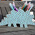 Pot à crayons dinosaure bleu