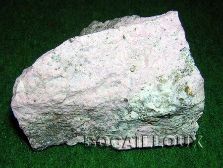 RHODONITE_473__URSS__1_